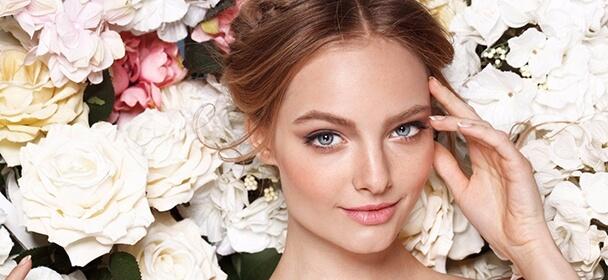 mezoterapie  včetně kompletního kosmetického ošetření .