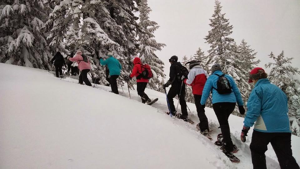 Sněžnicový kurz v horském terénu