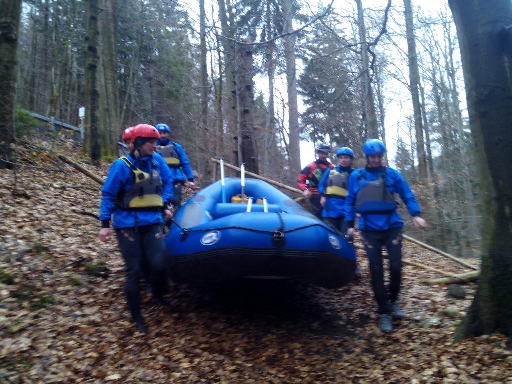 Rafting na rozvodněné Jizeře – přírodní peřeje