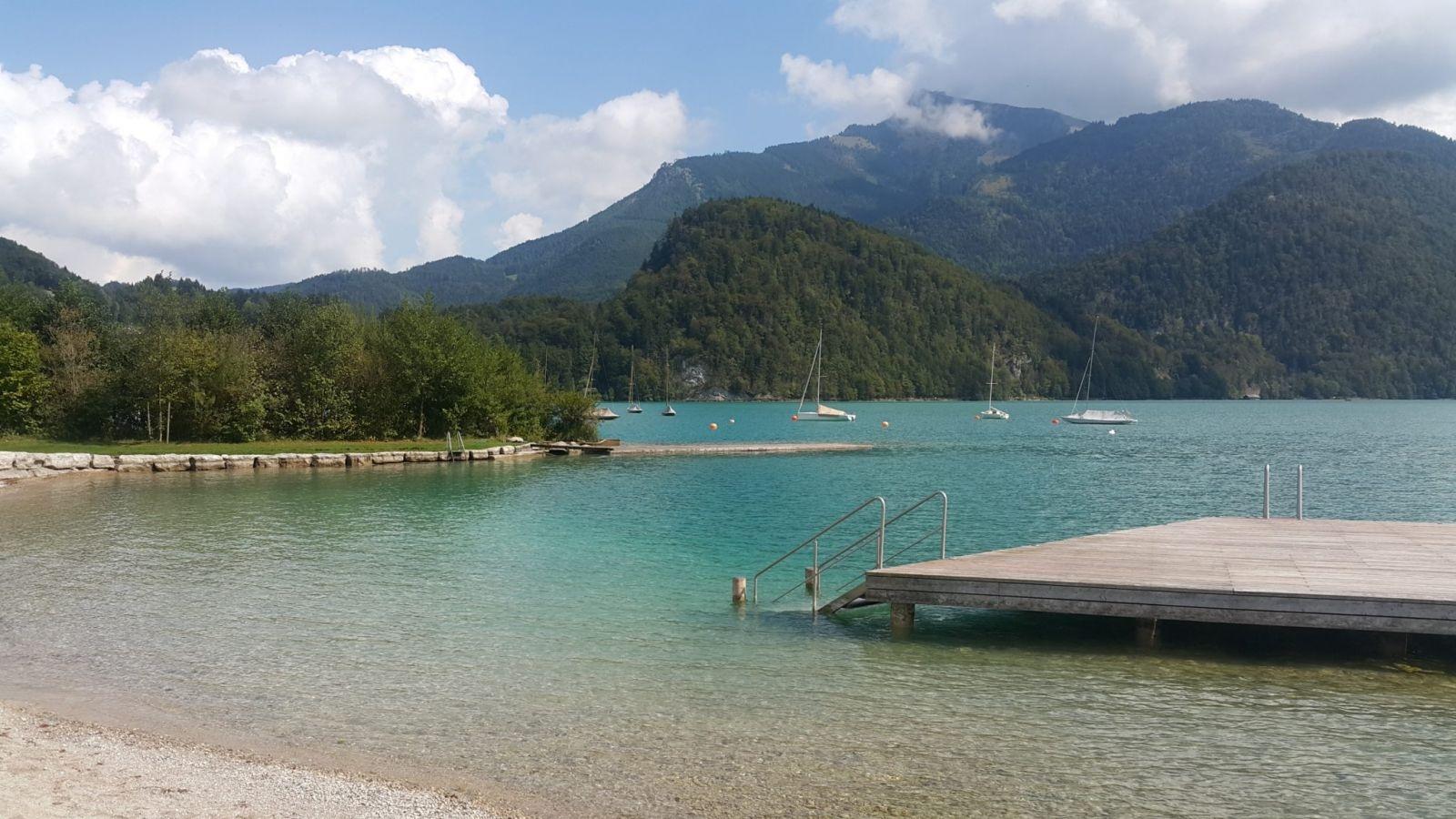 Horský výlet k alpským jezerům aneb koupání v čisté vodě bez davů